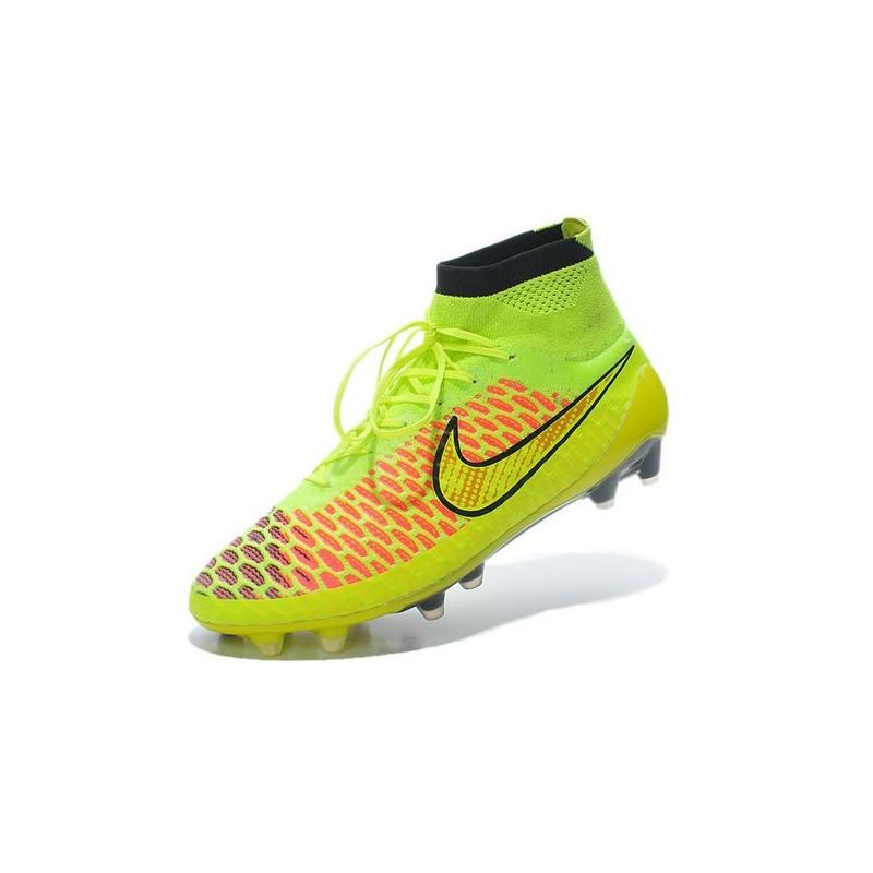 chaussure de foot nike tiempo montante