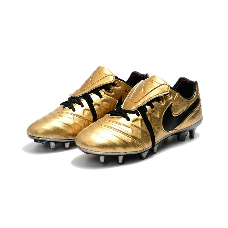 new style a3862 1e3a9 Limited Edition Nike Tiempo Totti X Roma Soccer Cleats ...