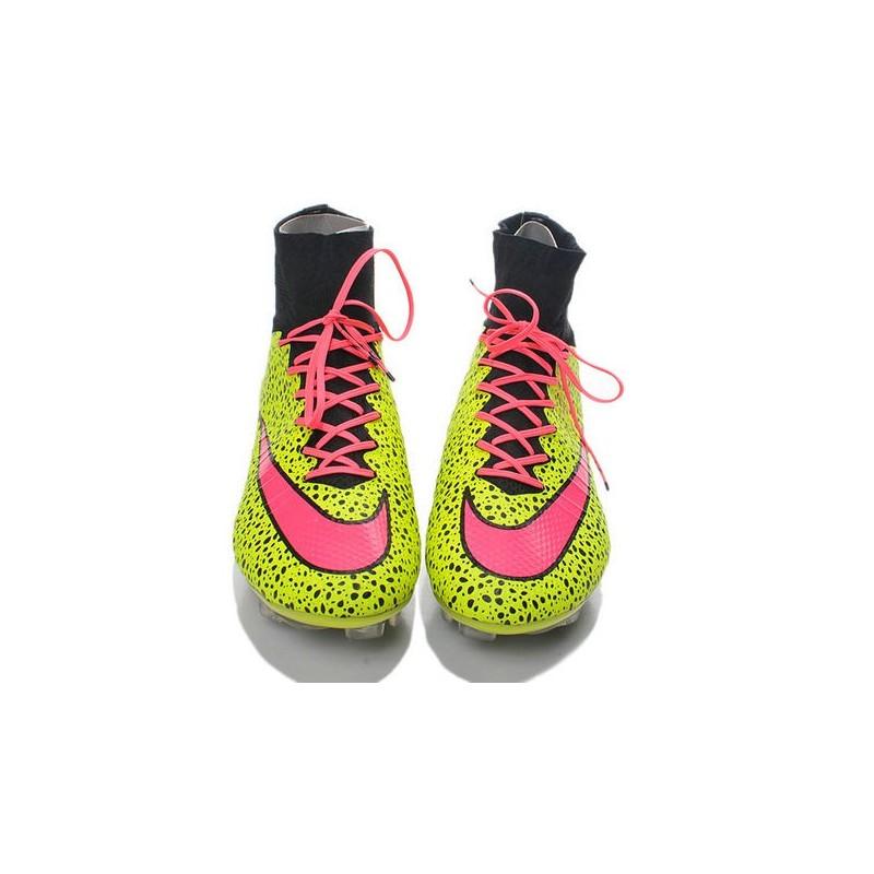 ... Cristiano Ronaldo Nike Mercurial Superfly 4 FG ACC Boots Safari Yellow  Pink . ... 41ea639dc6f03