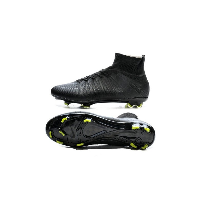 Cristiano Ronaldo Nike Mercurial Superfly 4 FG ACC Boots in All Black