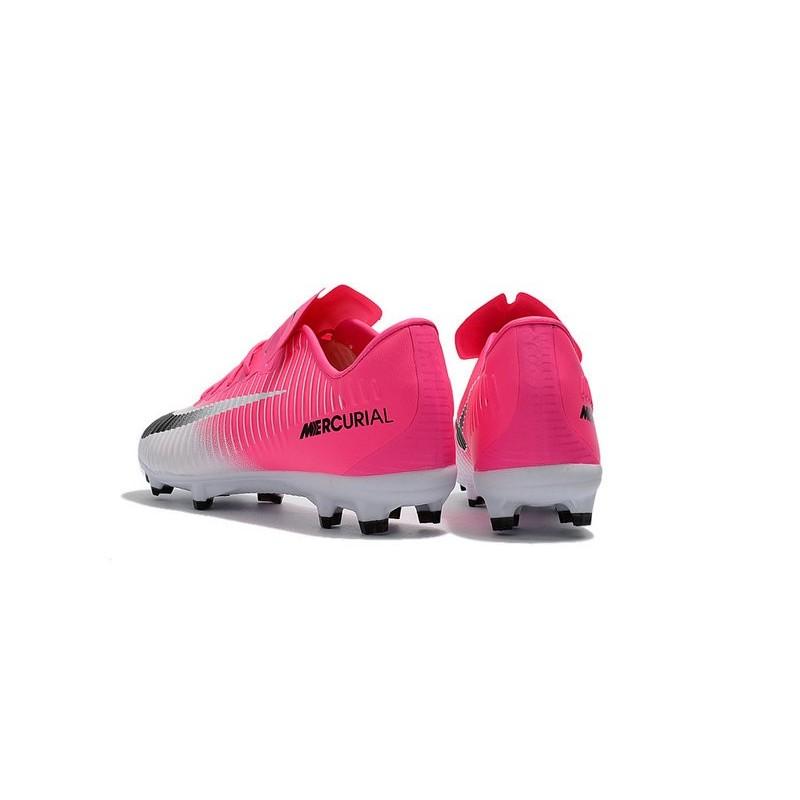 ronaldo pink cleats